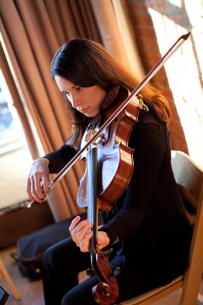 Claire Garza | Viola
